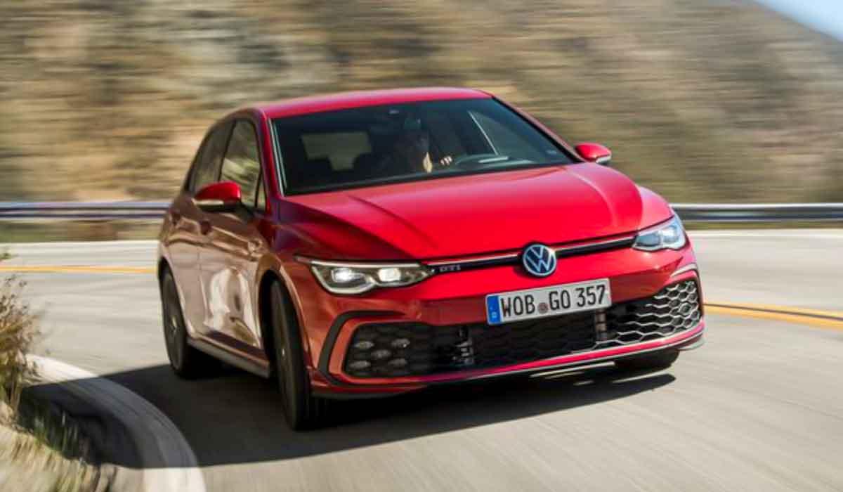 2022-VW-Golf-GTI-New